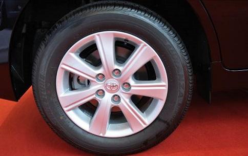 了解车辆轮胎参数提高使用寿命